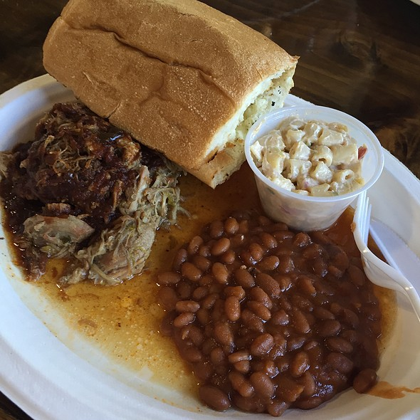 Pulled Pork Bbq Plate