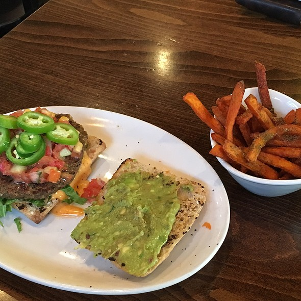 Southwestern Burger With Sweet Potato Fries