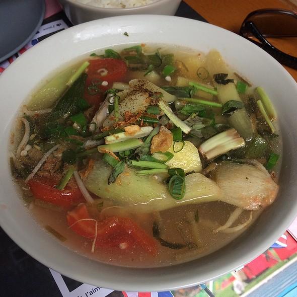 Vietnamese Fish Soup @ Da-Kao II