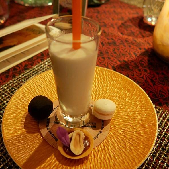 Blueberry-Filled Chocolate, Smyrna Quince Macaron, Lavender-Hazelnut Pie, And Tangerine Gem Marigold Milkshake