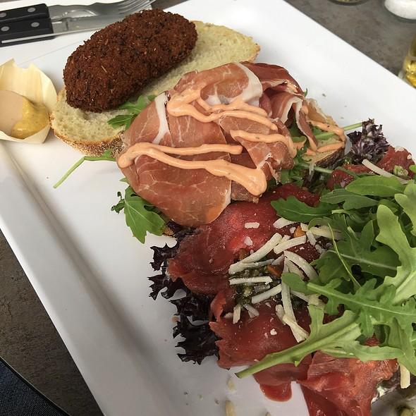 Lunchplate Meat @ Rede Van Batavia