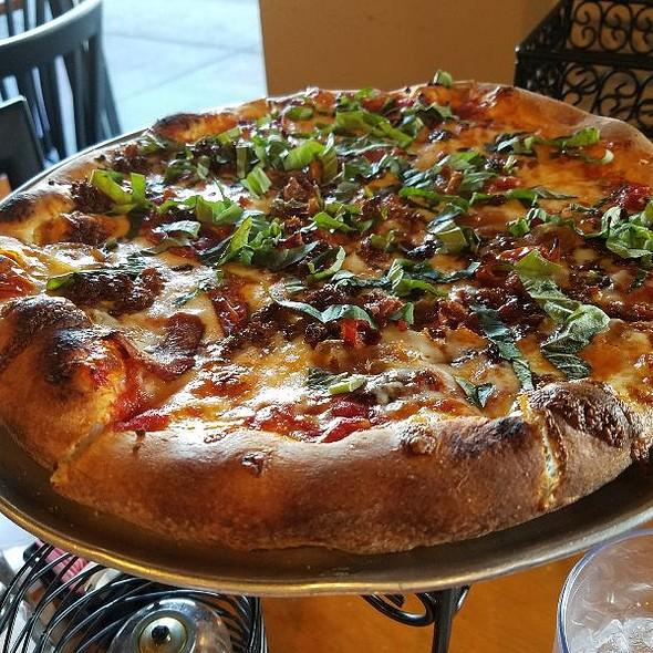 Sydney Pizza