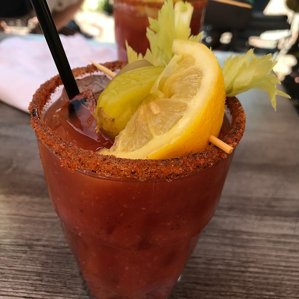 Bloody Mary @ The Beehive