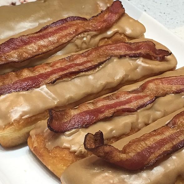 Bacon maple glazed donut
