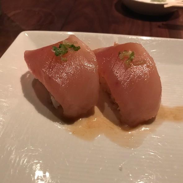 Albacore Tuna Sushi