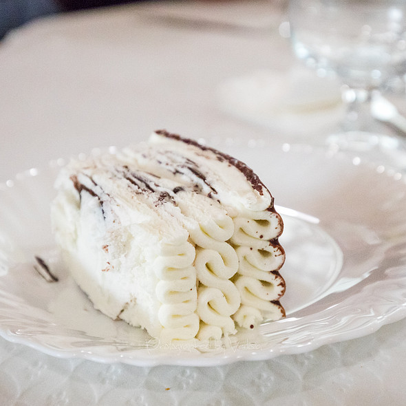 Creme Cake @ Restaurante Tony's