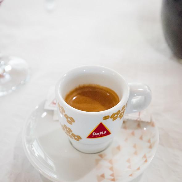Espresso @ Restaurante Tony's