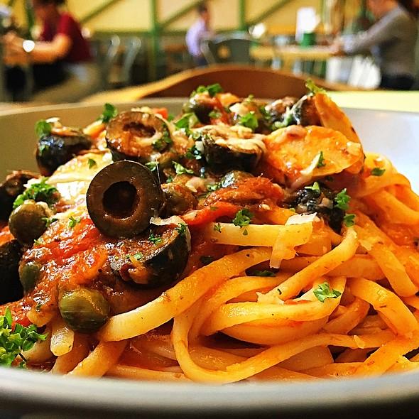 Linguine Puttanesca @ Marchi's Restaurant