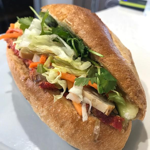 BBQ Pork Bánh Mì