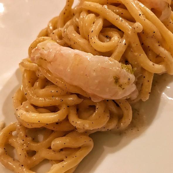 Spaghettoni Cacio E Pepe With Lime Marinated Langoustine Tails