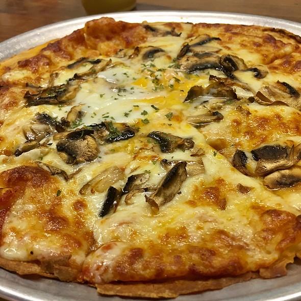 Truffle And Mushroom Carbonara