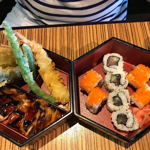 Chicken Teriyaki, Tenpura, Sushi Teishoku @ Gyotaku Japanese Restaurant