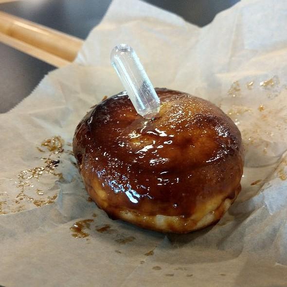 Creme brulee donut