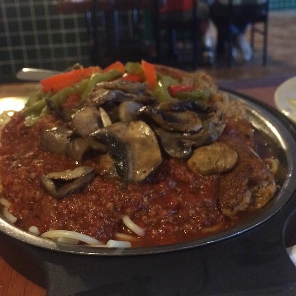 Combination Spaghetti @ Apollo Flame Bistro