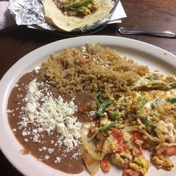 Huevous Ala Mexicana