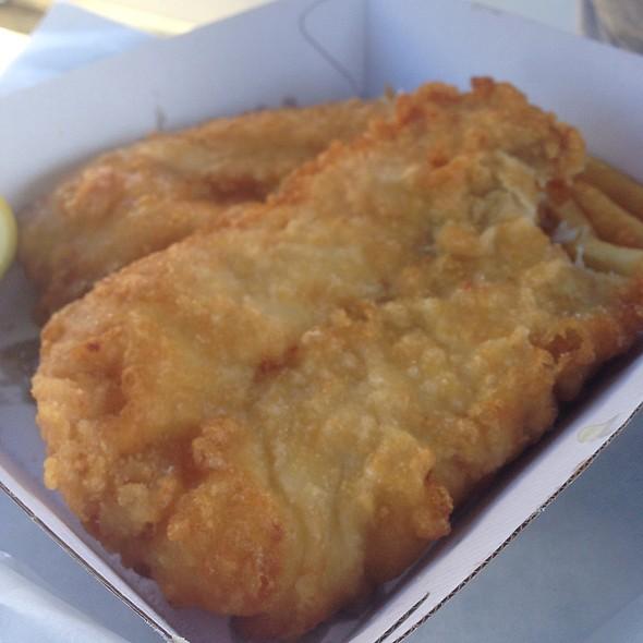 Fresh Barra & Cod @ Peter's Fish Market