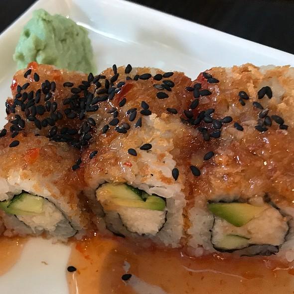 La Sushi Roll @ Blue Sushi Sake Grill