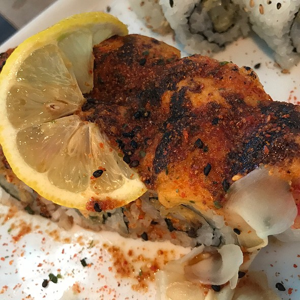 Thriller Sushi Roll @ Blue Sushi Sake Grill