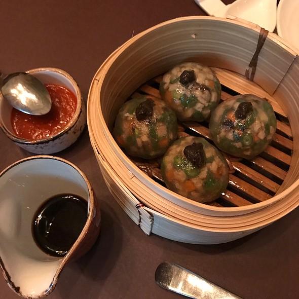 Crystal Dumpling With Truffled Mushroom