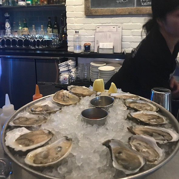 Island Creek Oysters On The Half Shell @ Select Oyster Bar