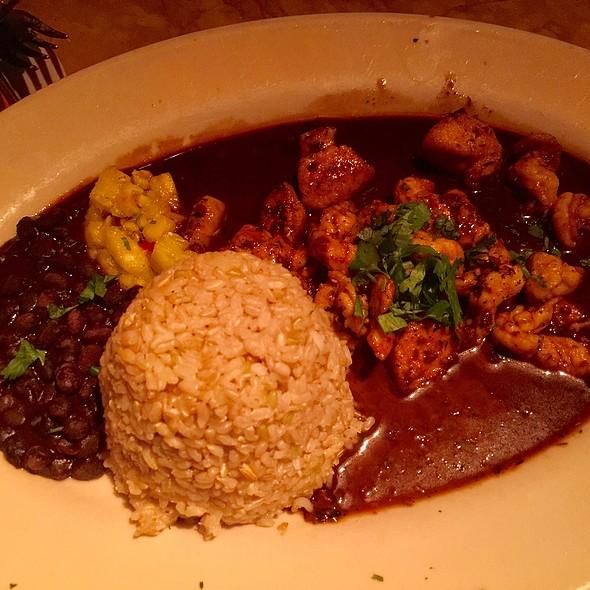 Jamacian Black Pepper Chicken And Shrimp