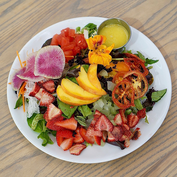 9-pan salad