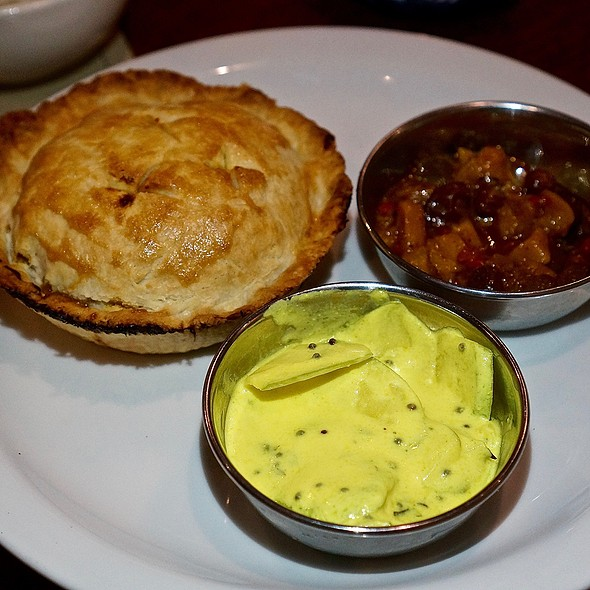 Masala chicken curry pie