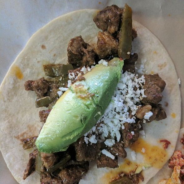 Tacos Adobada