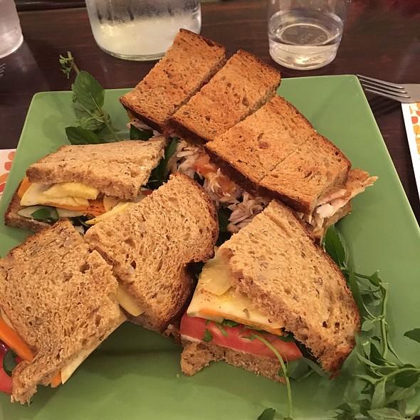 Cold Veggie Sandwich