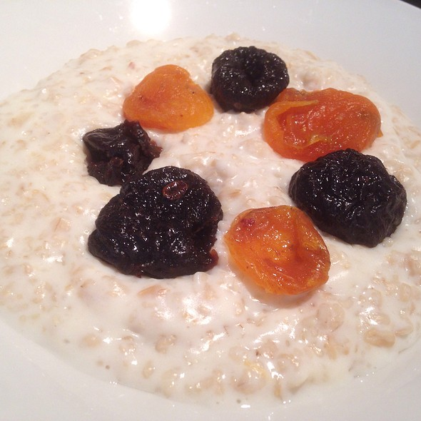Milk Porridge with Dried Fruit