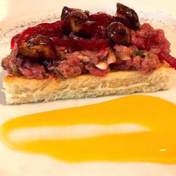 Steak tartar on toast of brioche, salted beet, egg yolk and mushrooms @ Thijs by Dikker & Thijs
