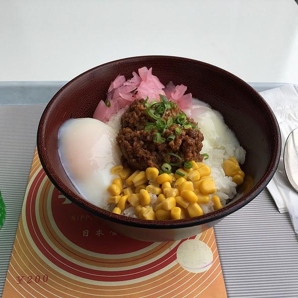 列車乗務員賄い丼 ハチクマライス @ 旅のレストラン 日本食堂