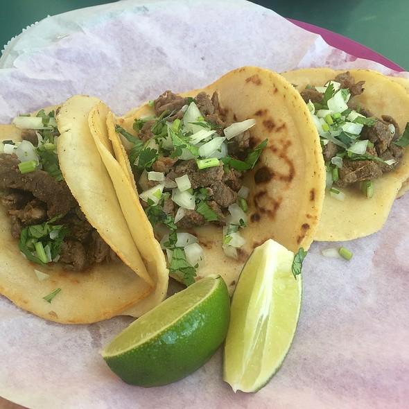 Carne Asada Tacos @ La Preferida