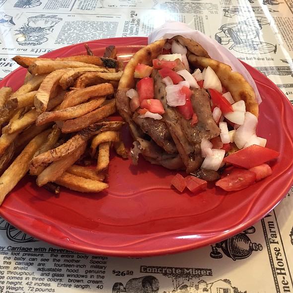 Gyro @ Red Rooster Cafe