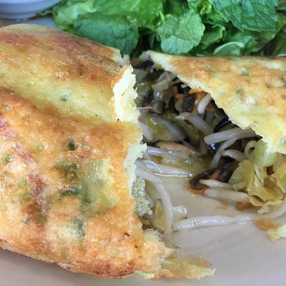 Vietnamese Vegetarian Crepes