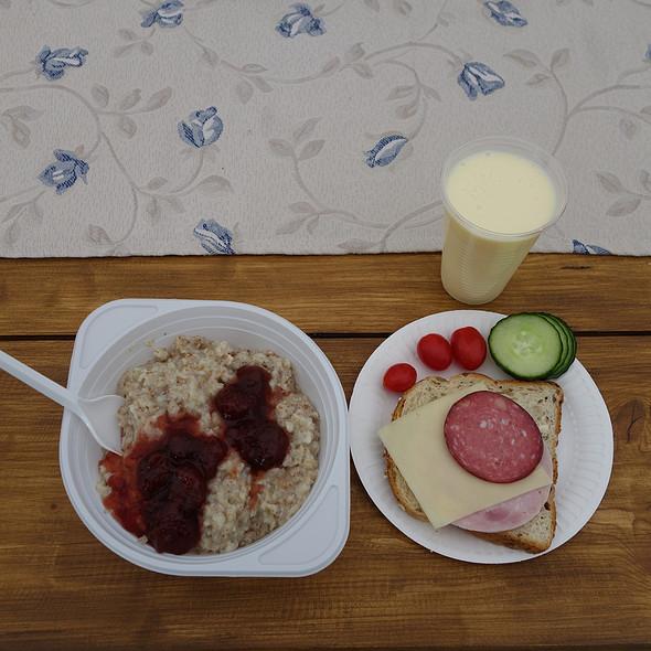 porridge, sandwich, yogurt