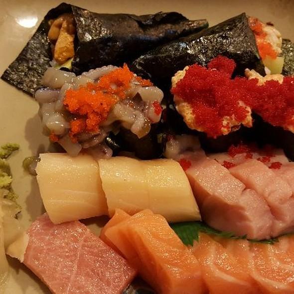 Assorted Sashimi & Sushi & Handrolls