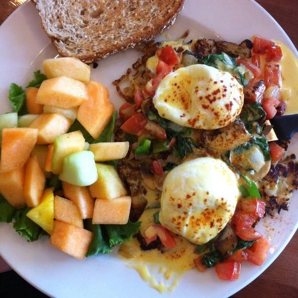 Potato Pancake Benedict @ Brunch Cafe Fox River Grove