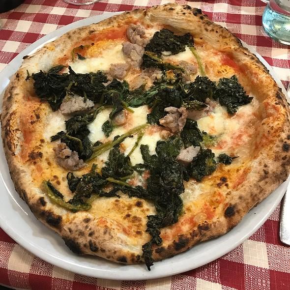 Sausage Pizza @ Ill Pomodorino