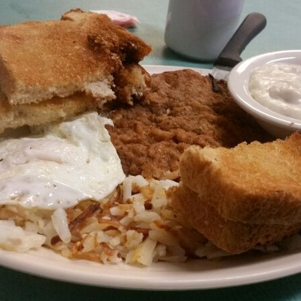 One Egg Chicken Fried Steak Toast with Hashbrowns