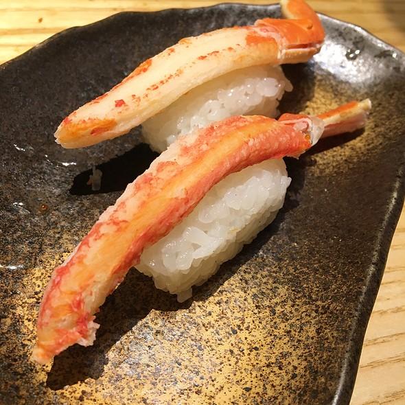 ずわいガ二  Zuwai Crab Nigiri @ SUSHI TEI すし亭
