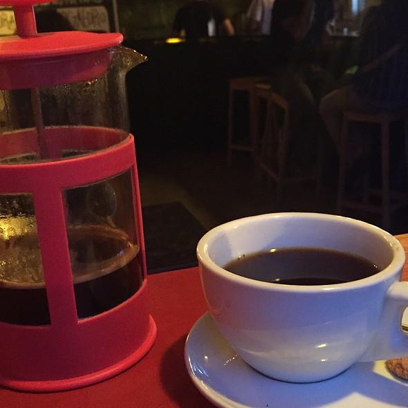 Café con Cardamomo @ Rayuela