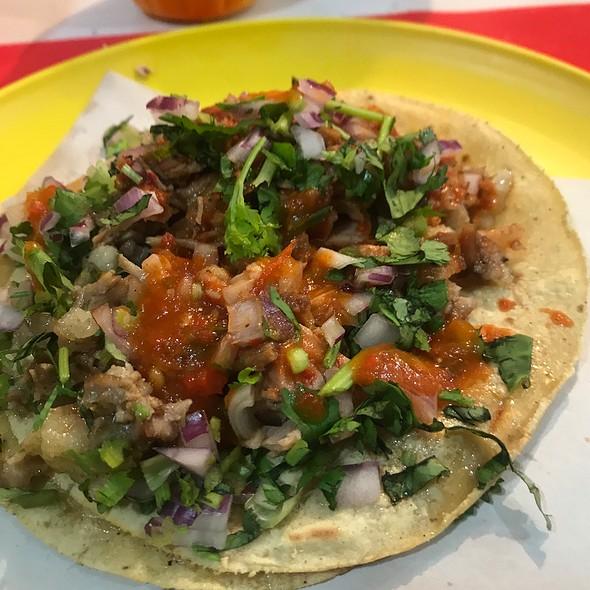 Tacos De Adobada Y Suadero