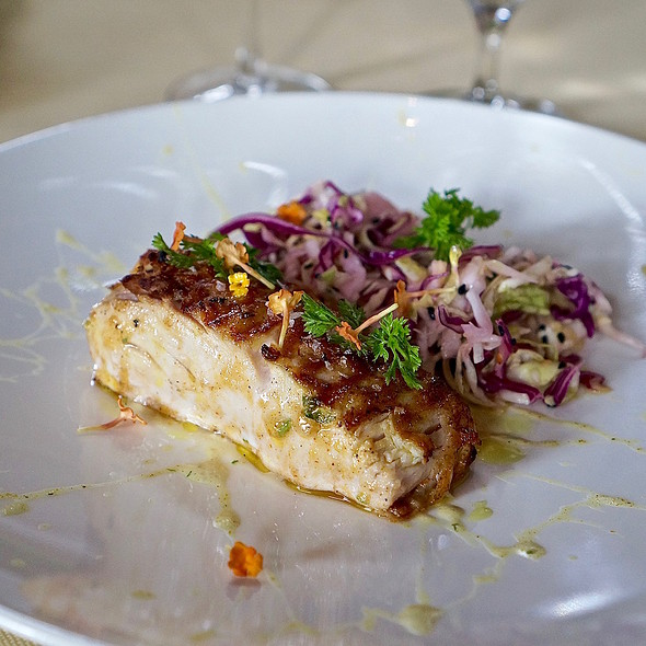 Mahi mahi with cabbage slaw