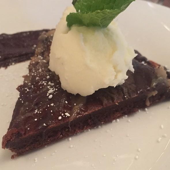 Dark Chocolate Tart @ Grayze