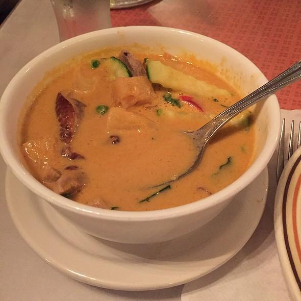 Roast Duck Curry @ Ploy II Thai Cuisine