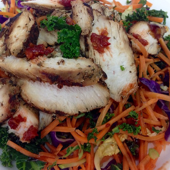 Chicken And Kale And Vegetable Stir Fry
