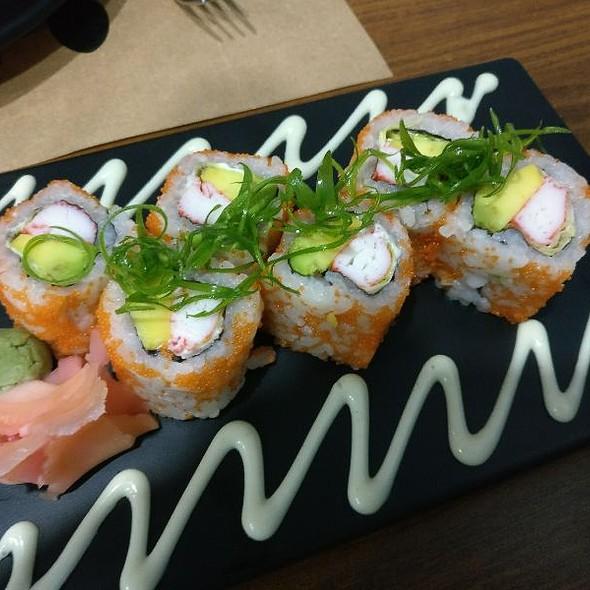 Shrimp Tempura Maki Sushi Roll (Japanese)