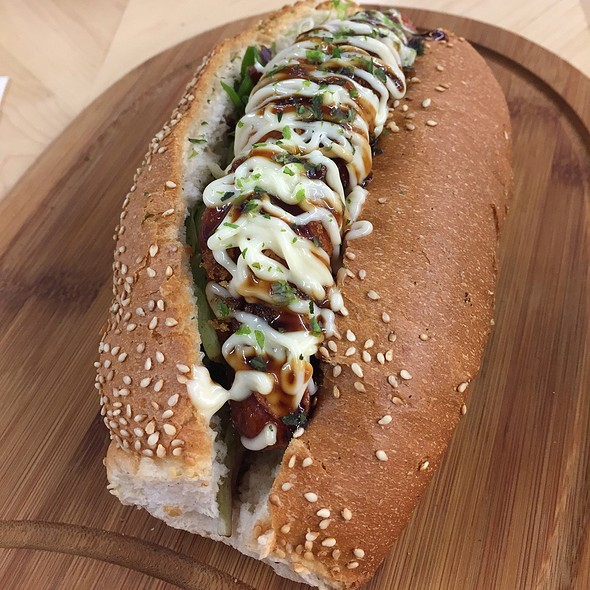 Tonkatsu Hotdog @ Oh! Matcha