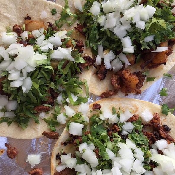 Tacos al Pastor @ El Jinete